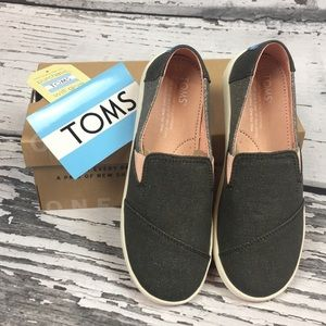 TOMS Forged Iron Twill • Size 3 Youth